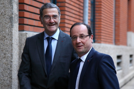 President François Hollande with Nobel laureate Serge Haroche