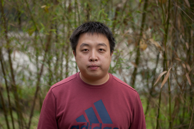 Yunzhe Li, PhD1